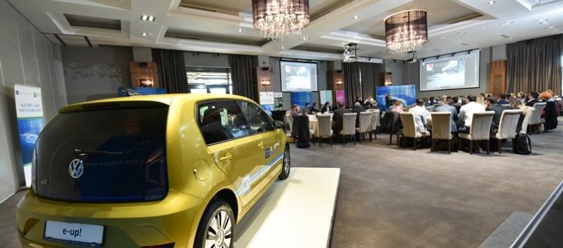 Cum poate fi facilitat accesul utilizatorilor de masini electrice la statii de incarcare